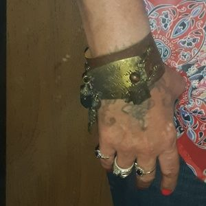 Jewelry - leather interchangable cuff